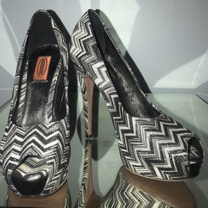 Missoni platform high heels like new 39 8 8.5 zag